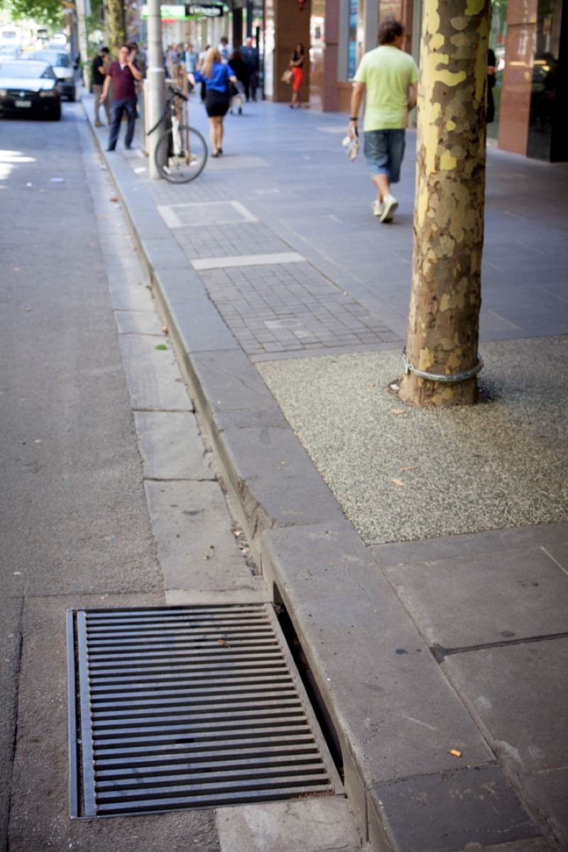 Permeable Bluestone Pavement City Of Melbourne Urban Water